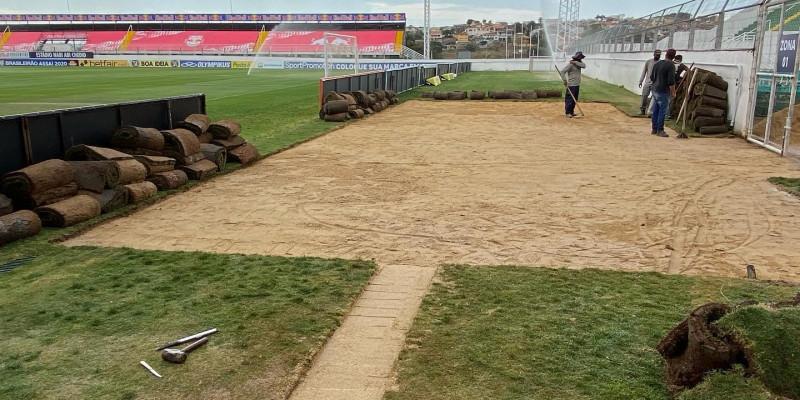 Red Bull Bragantino - implantação de drenagem localizada em área de encharcamento fora do campo de futebol.